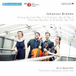 String Quartet no. 1 in C minor, op. 51 no. 1 / Clarinet Quintet in B minor, op. 115 by Johannes Brahms ;   Aris Quartett ,   Thorsten Johanns